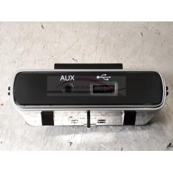 Fiat 500 vanaf 2016, USB aansluiting origineel met AUX